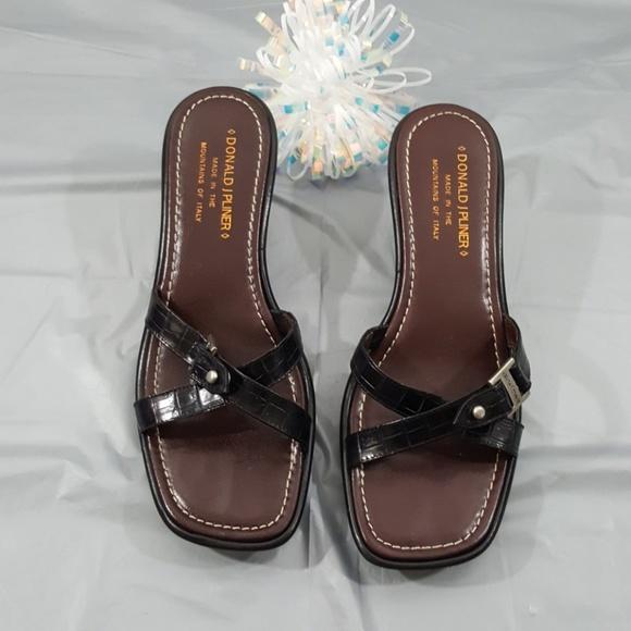 a1482bf59e6 Donald J Pliner Womens Shoes Size 7.5M